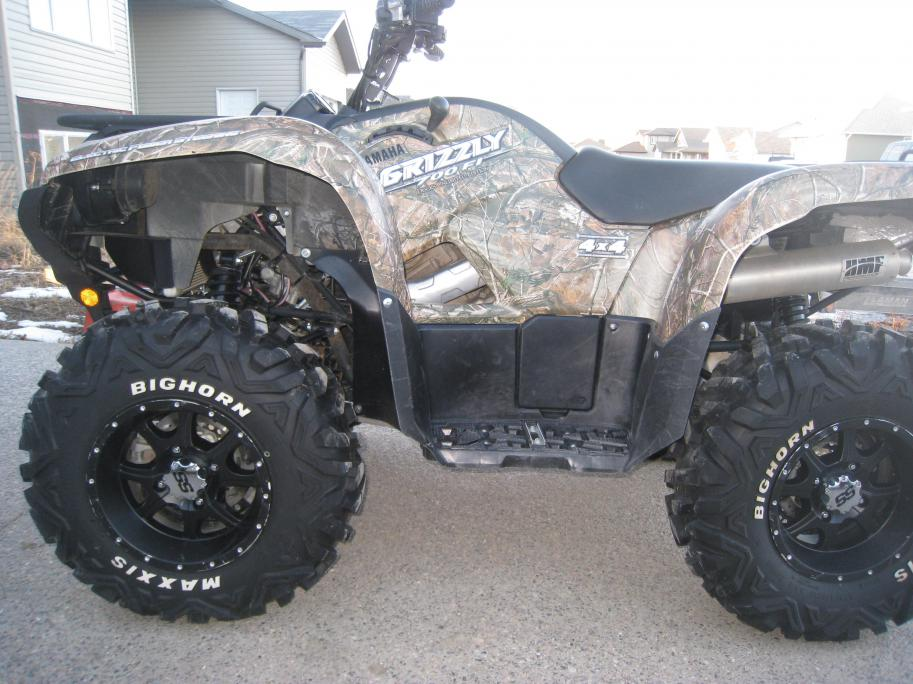 Camo Grizzly With Black Wheels