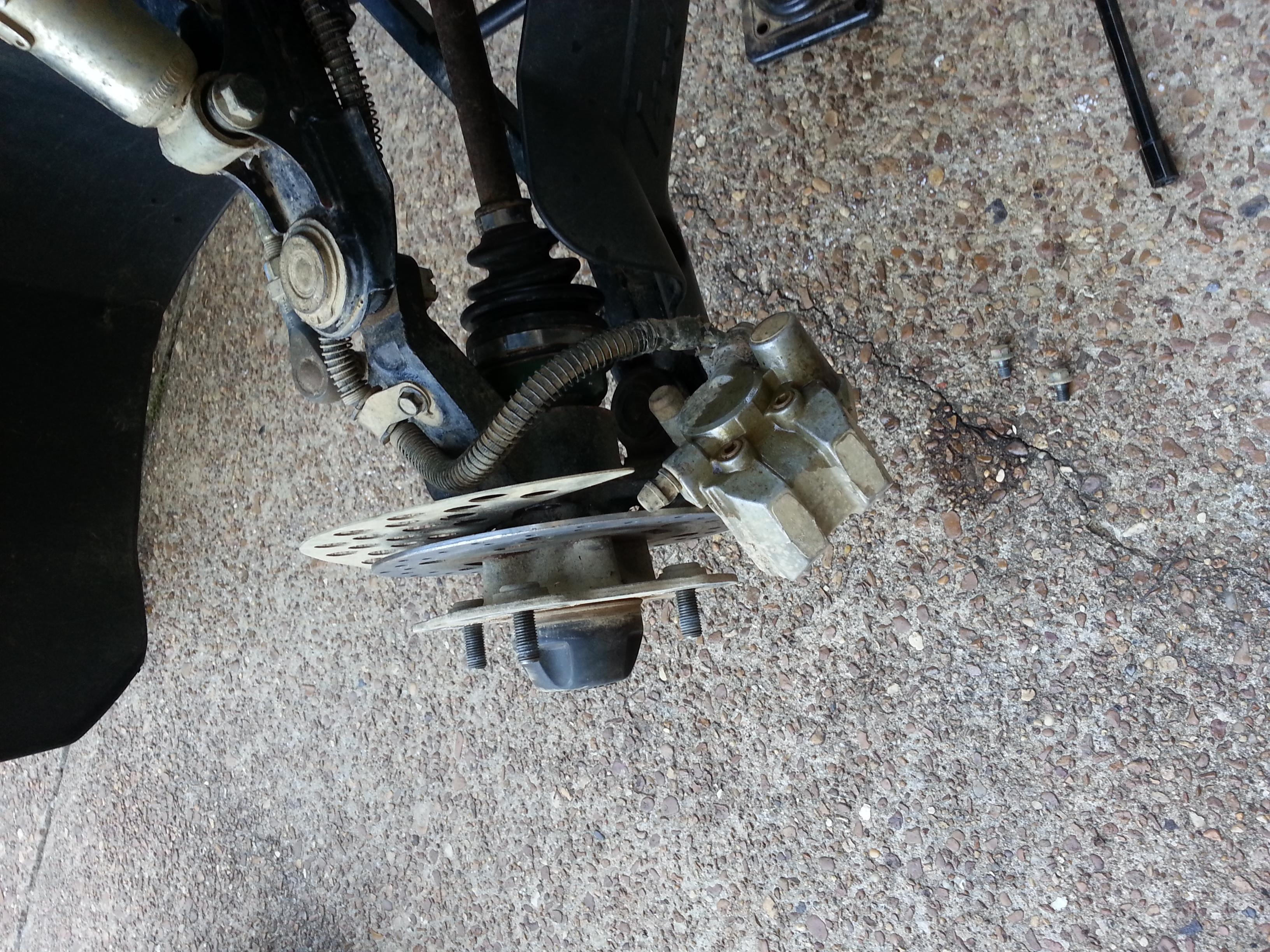Big Bear Bleed Front brakes (help) - Yamaha Grizzly ATV Forum