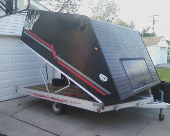 2 Grizzlys In 10ft Clamshell Snowmobile Trailer Yamaha