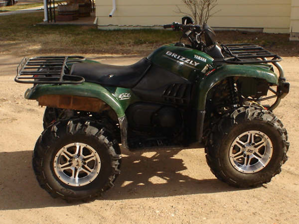 looking at buying an 04 660 grizzly yamaha grizzly atv forum. Black Bedroom Furniture Sets. Home Design Ideas
