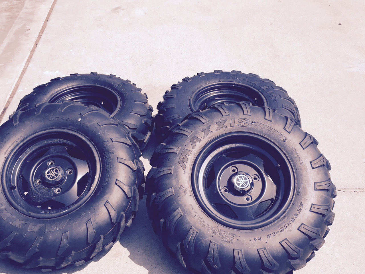 D Grizzly Tires Rims Tires on Yamaha Grizzly 700 Special Edition