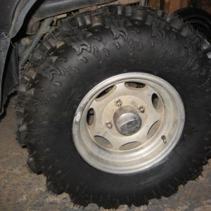 "26""x 11""x12"" Interco Reptiles Rear tire..."